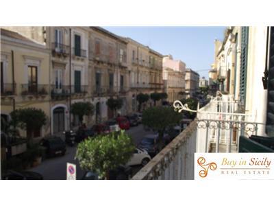 Vendita appartamento siracusa sicilia appartamento al for Centro benessere siracusa ortigia